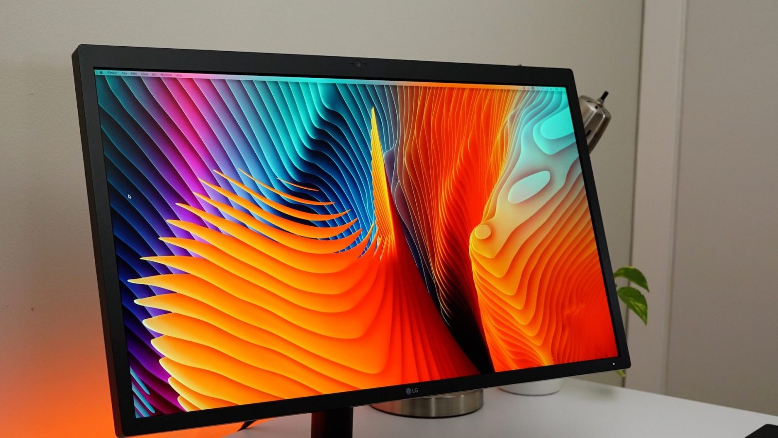 LG's UltraFine 5K monitor upgrades your Mac setup for $550 (Open-Box