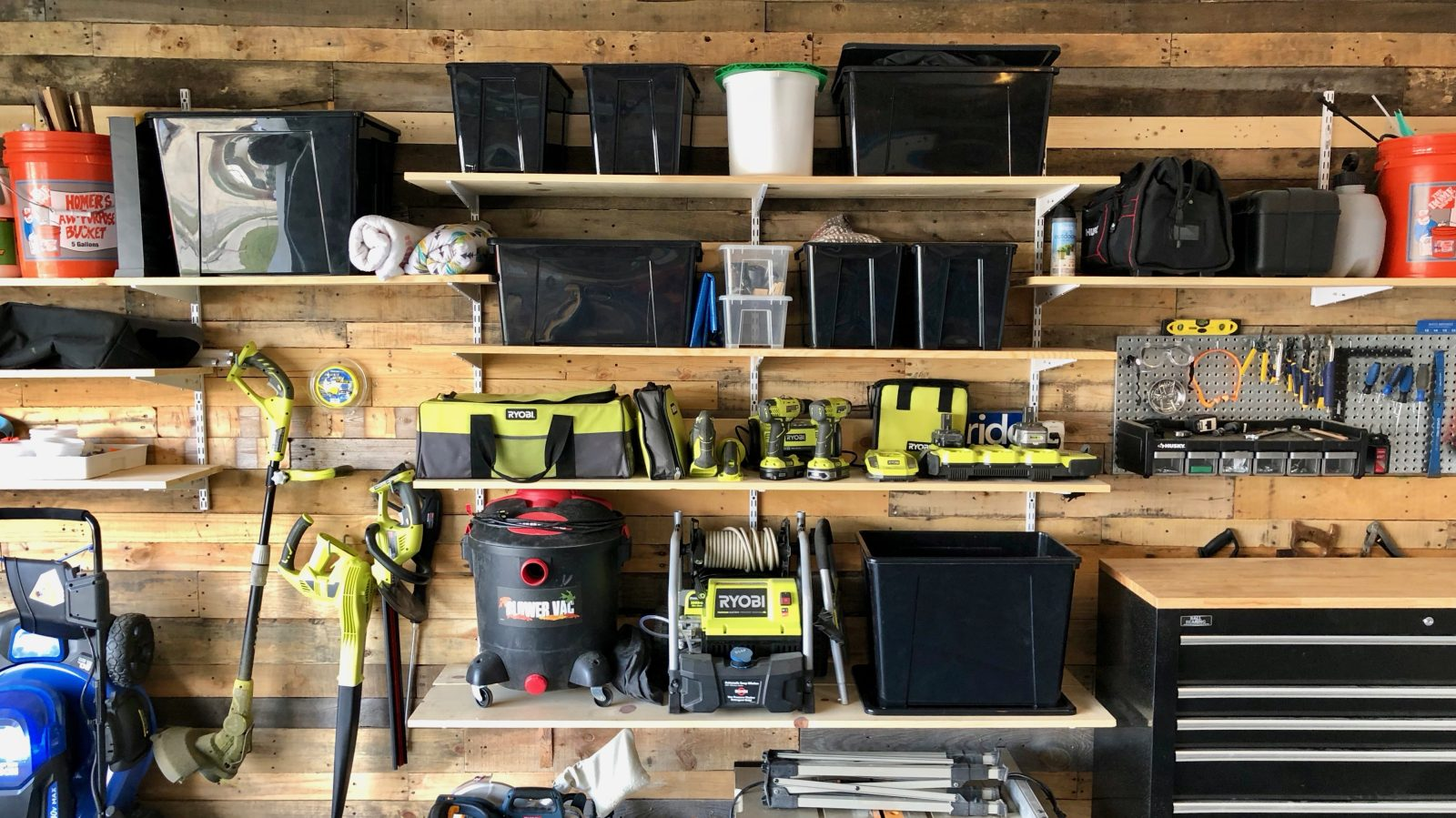 Behind the Screens: Michael's custom reclaimed wood garage setup