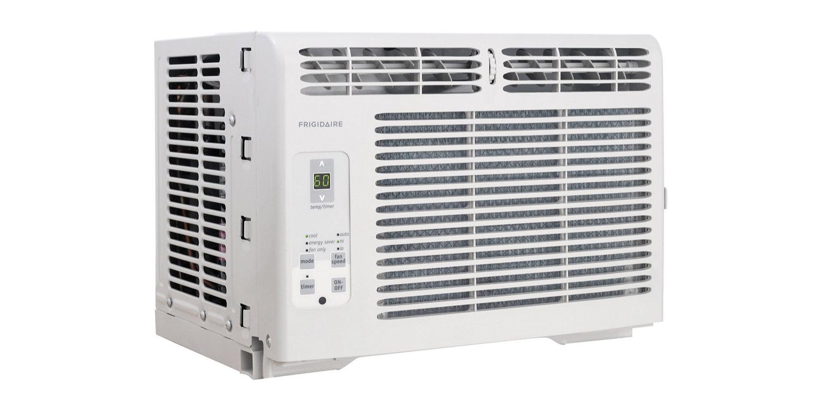 Cool Off Indoors W A Frigidaire 5000btu Window Air