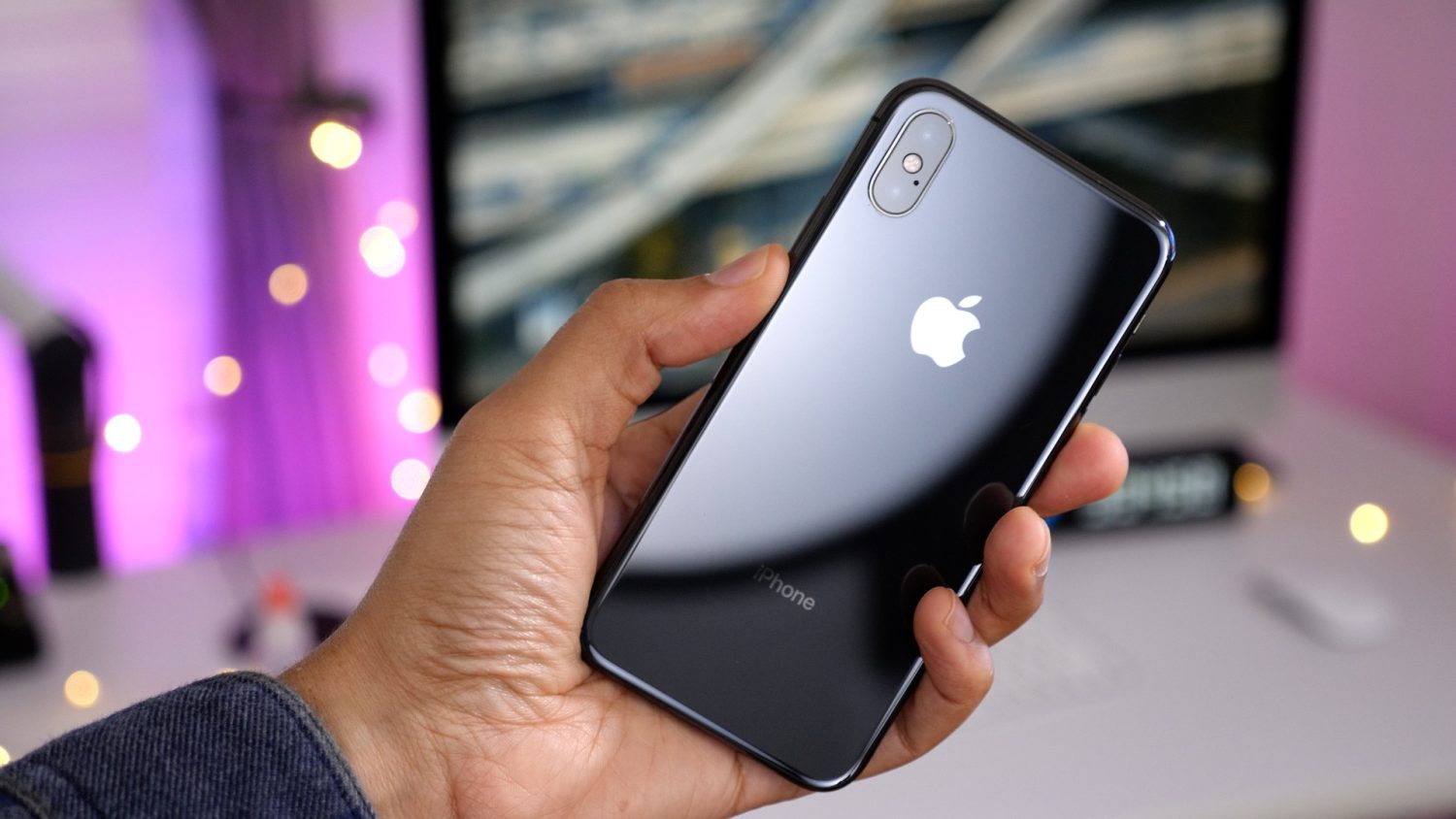Apple is now offering certified refurbished iPhone X models from $769