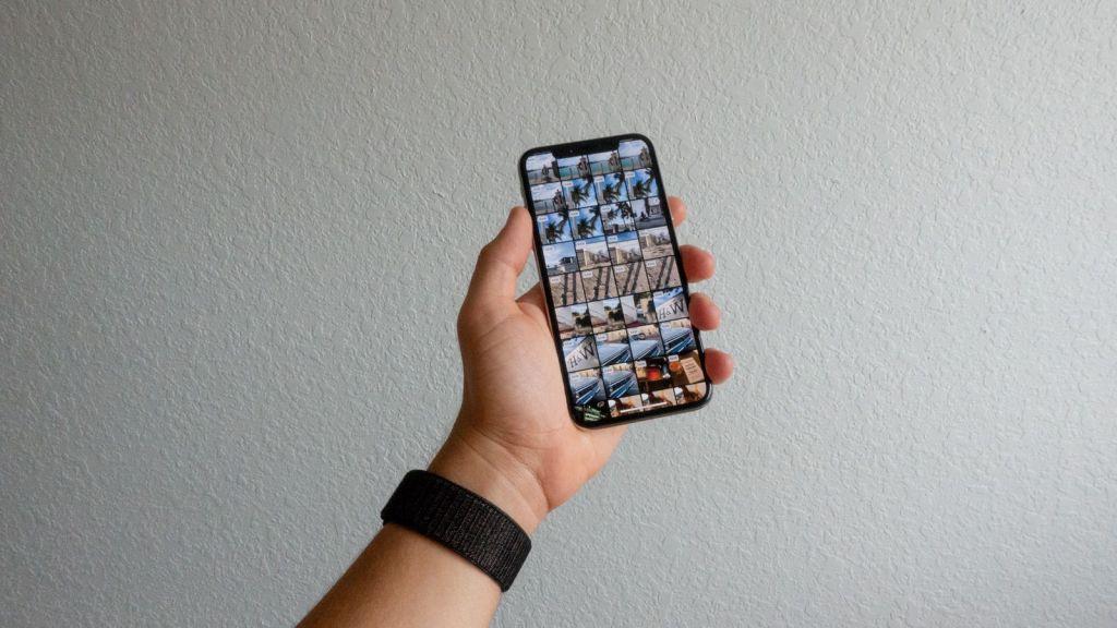iPhone X Darkroom app
