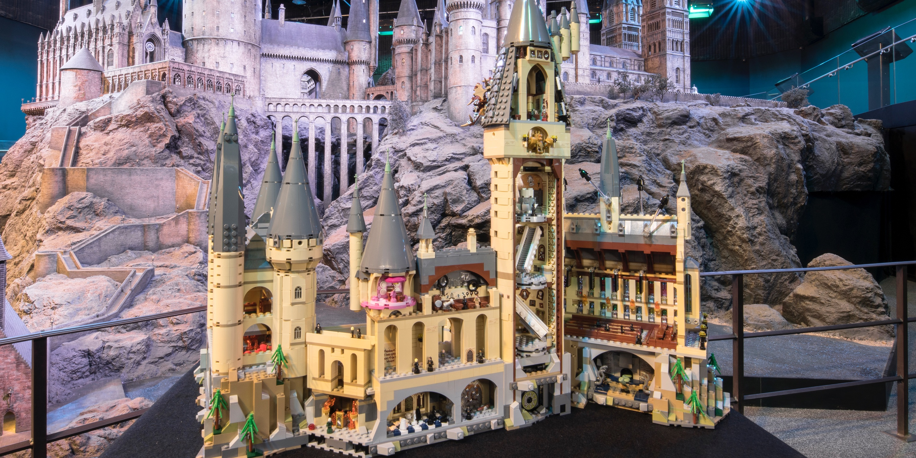 Lego Brings All The Magic Of Hogwarts Castle To A Massive 6 000