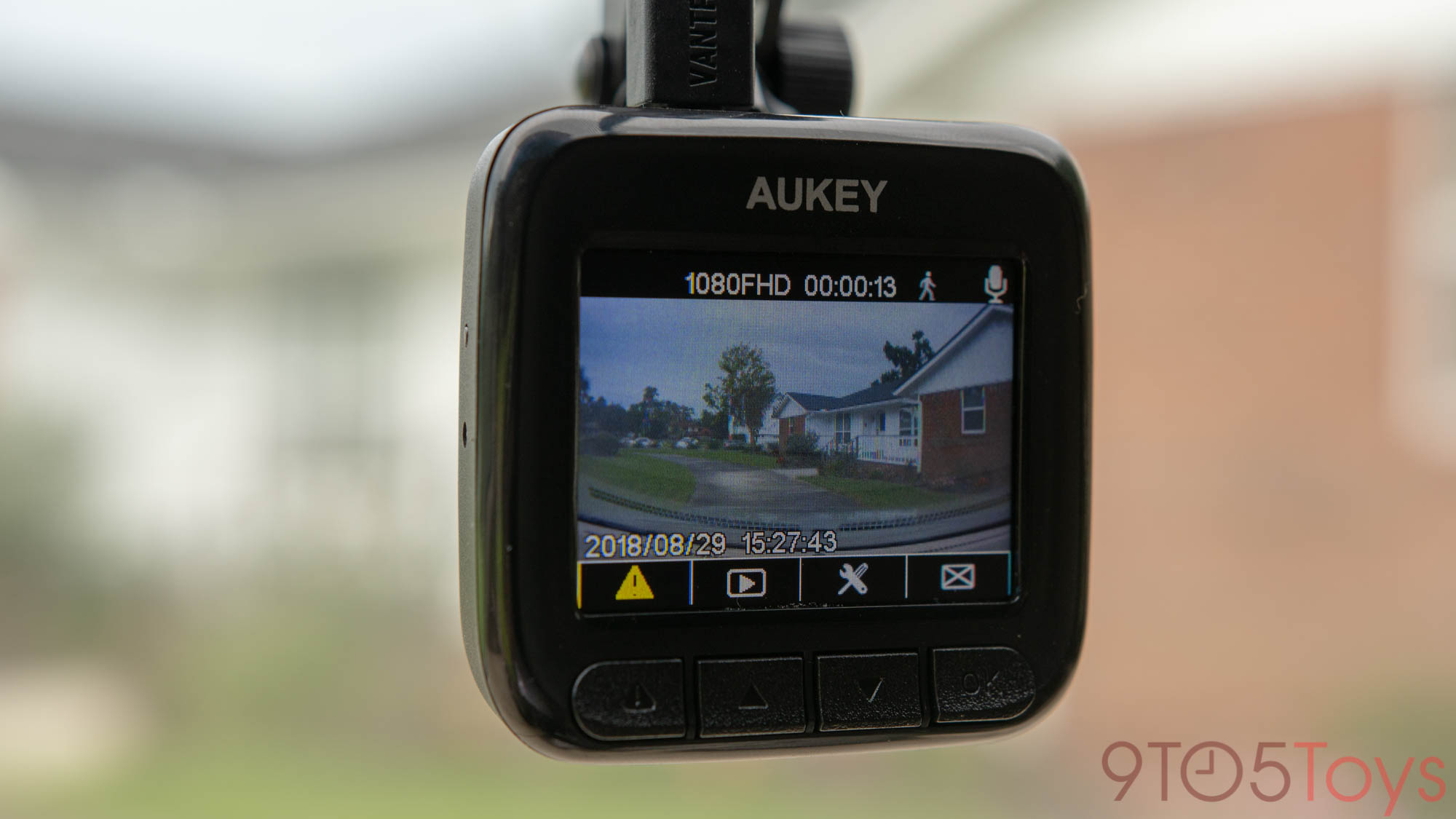 Aukey's 1080p dash camera captures surroundings as you drive for $47, more