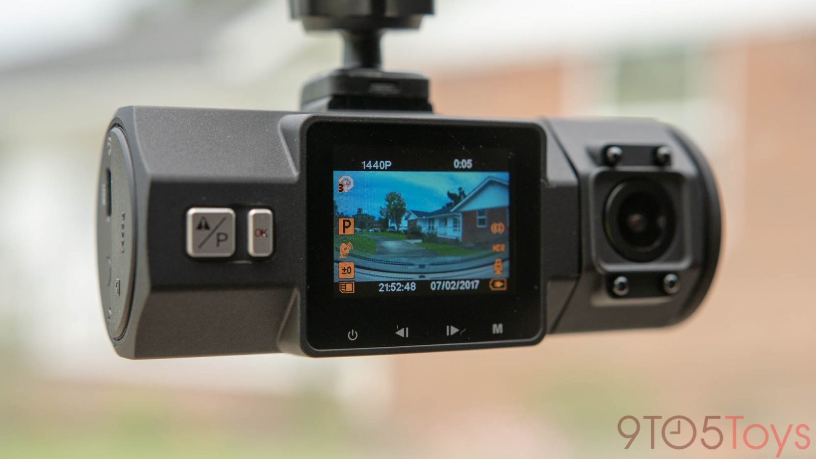 These dash cameras from $52 feature dual recording, 4K, GPS, and more