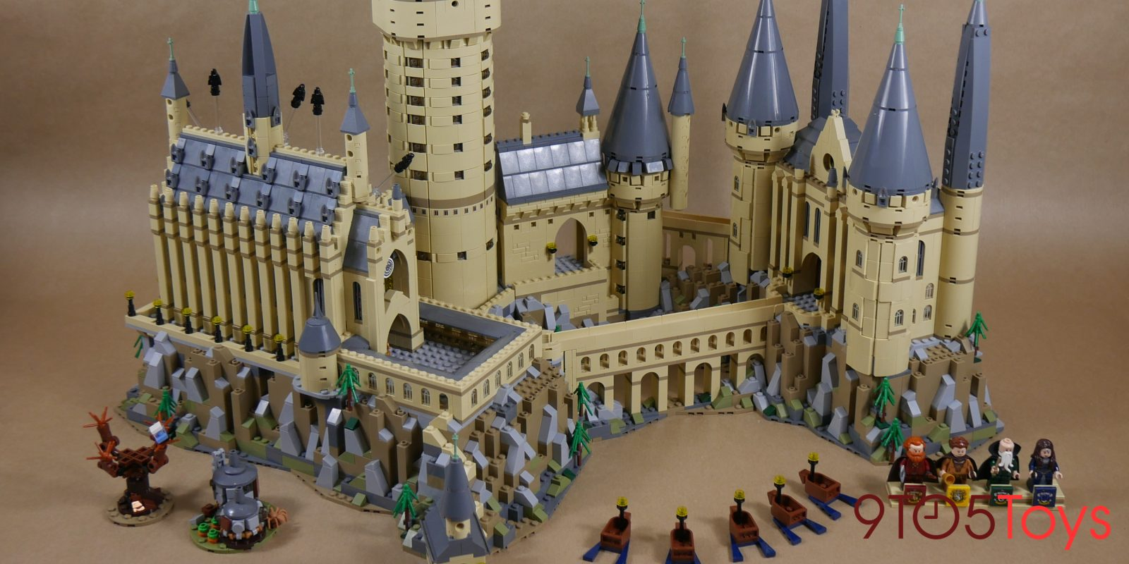 Lego Hogwarts Castle Review The 2nd Largest Kit In
