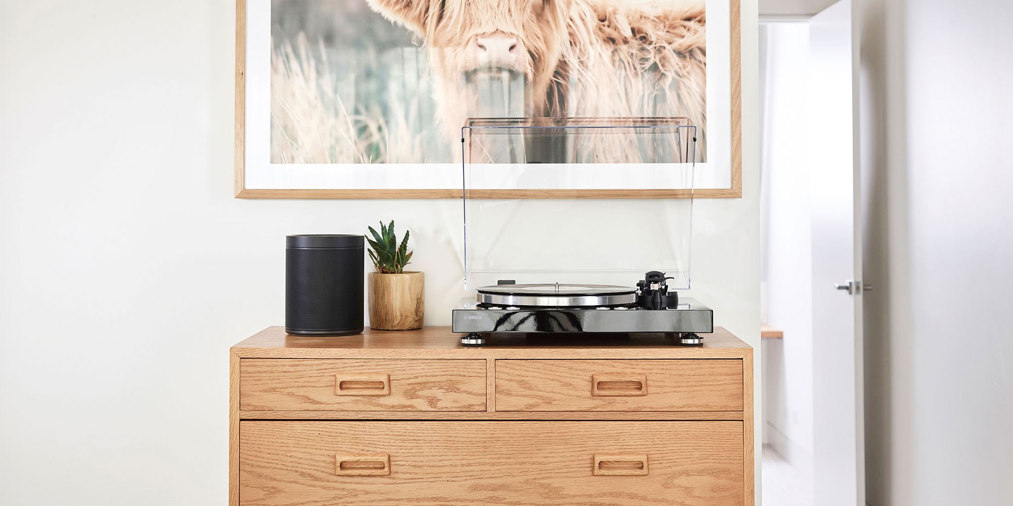 The Yamaha MusicCast Vinyl 500 is an AirPlay-enabled record