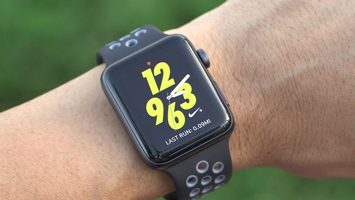 Nike-style Apple Watch Sport Band