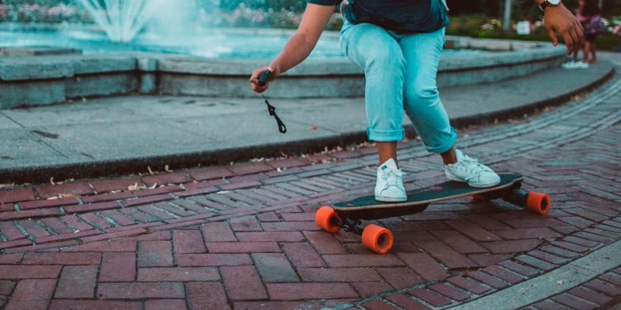 Hit 22 mph speeds w\/ Boosted Board\u002639;s 2nd Gen. Electric Skateboard: $1,000 $300 off  9to5Toys