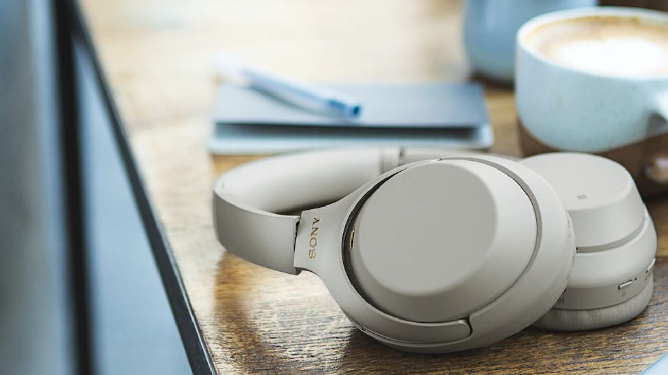 Sony's XM3 Bluetooth headphones offer noise cancellation for $253 (Reg. $348)