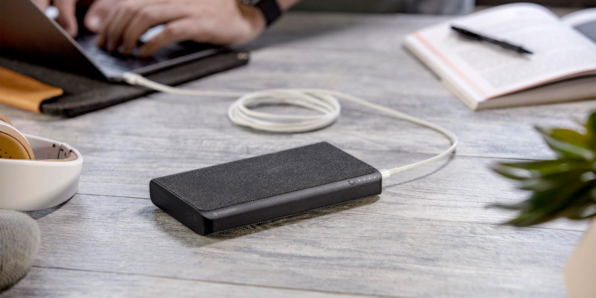 mophie powerstation USB-C 3XL packs 45W USB-C PD, more - 9to5Toys