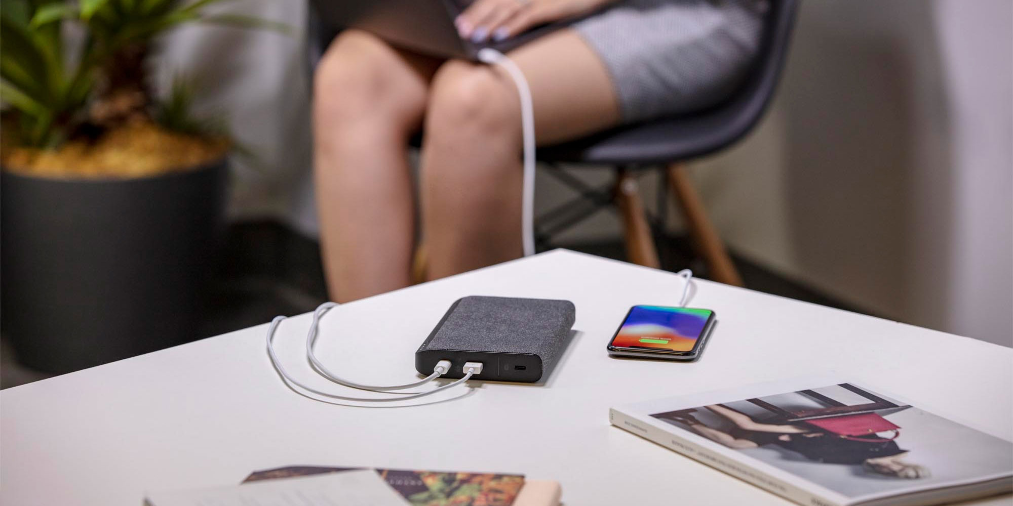 mophie powerstation USB-C 3XL Charging MacBook and iPhone