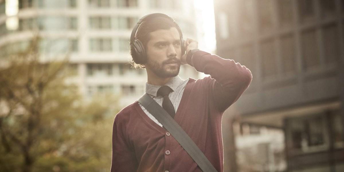 Best Black Friday headphones: QuietComfort 35