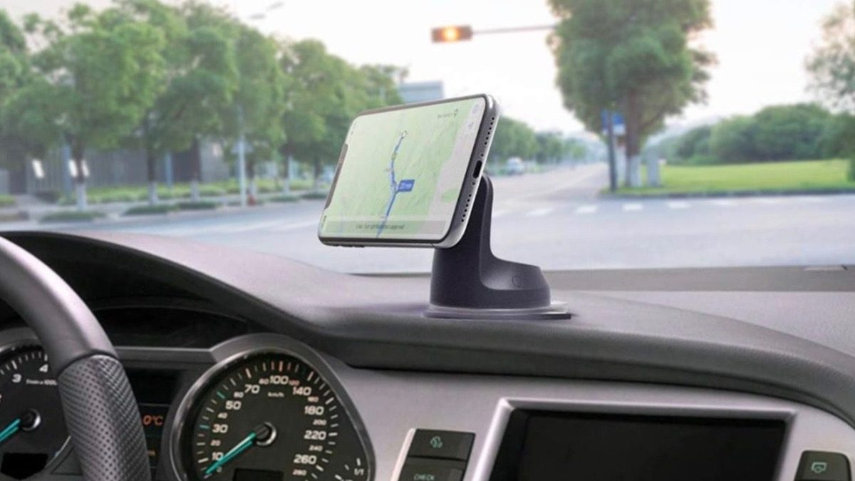 iPhone car mounts