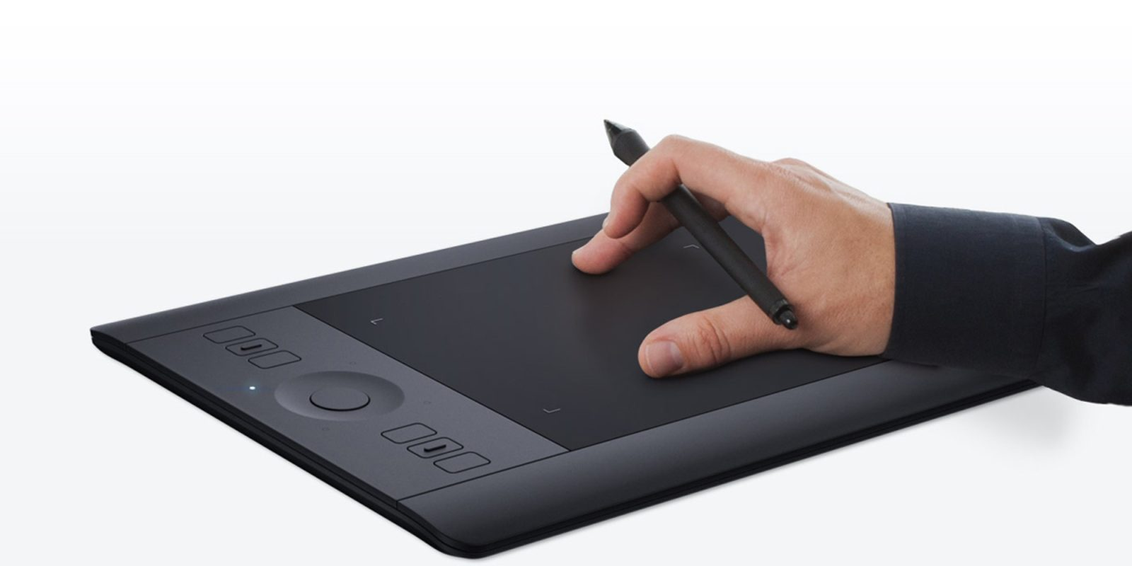 Wacom Intuos Pro Touch Tablet & Pen falls to lowest price in