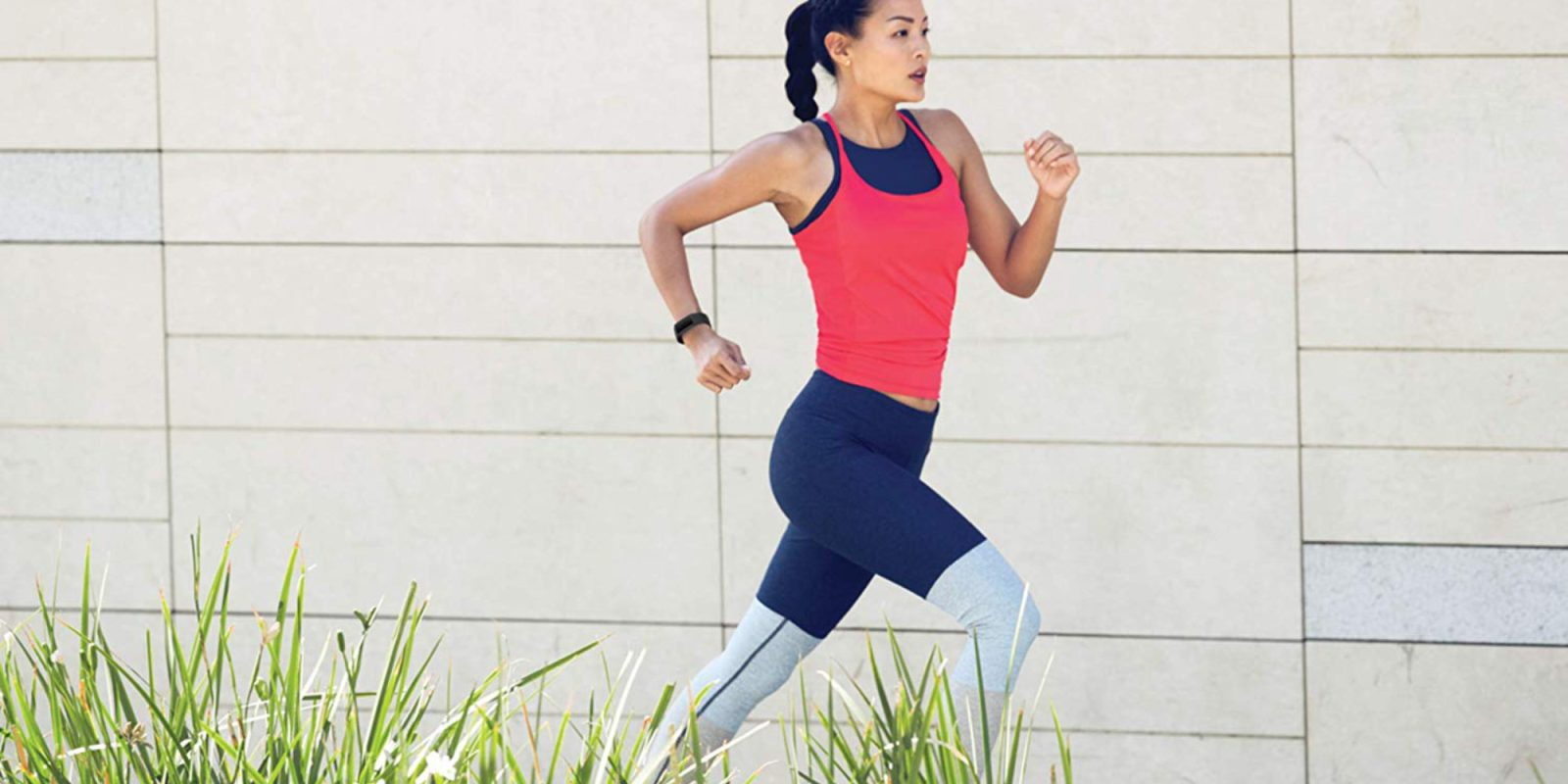 the fitbit charge 3 tracks heart rate 15 types of exercise and