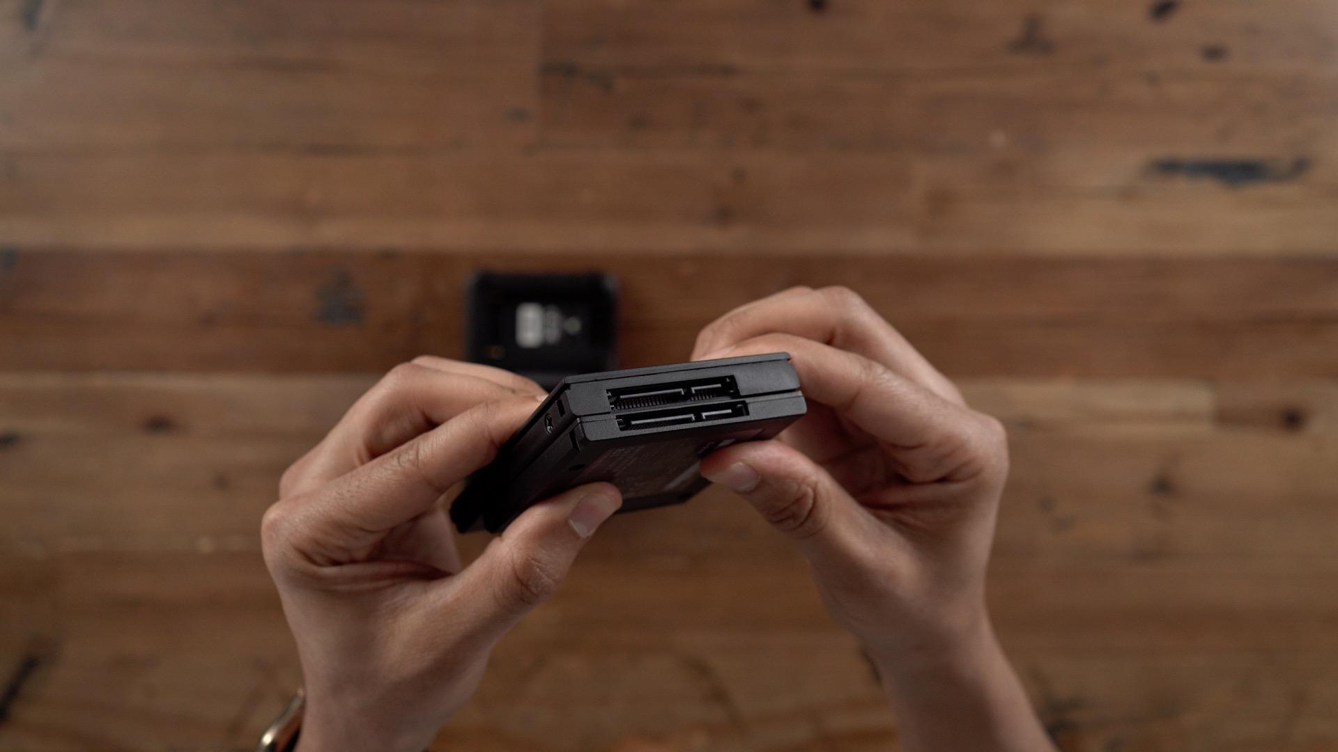 Atomos Ninja V Sony SSDmini SATA III