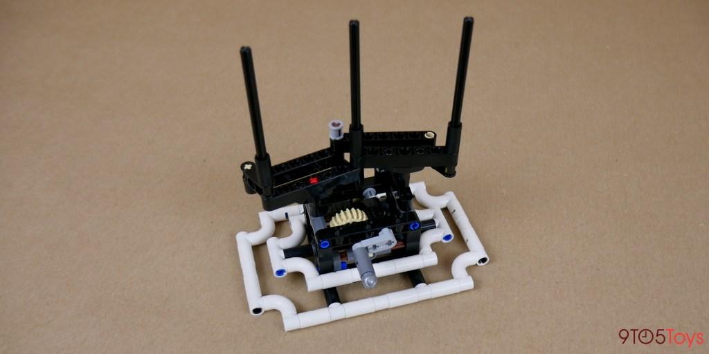 LEGO Forma Koi Fish mechanism