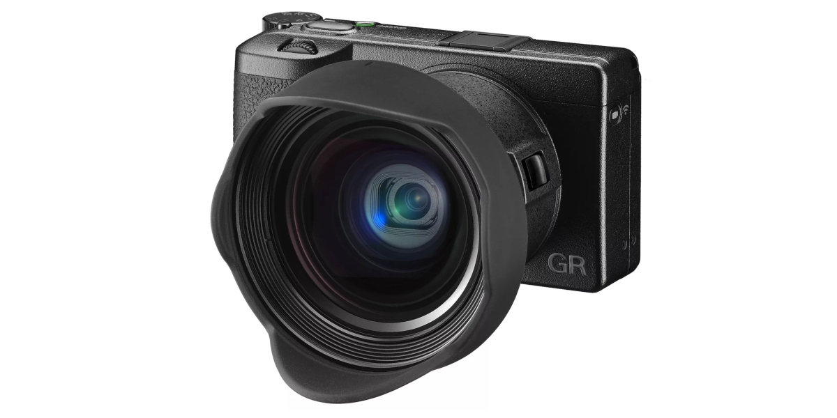 Ricoh-gr-iii-camera-with-lens-kit