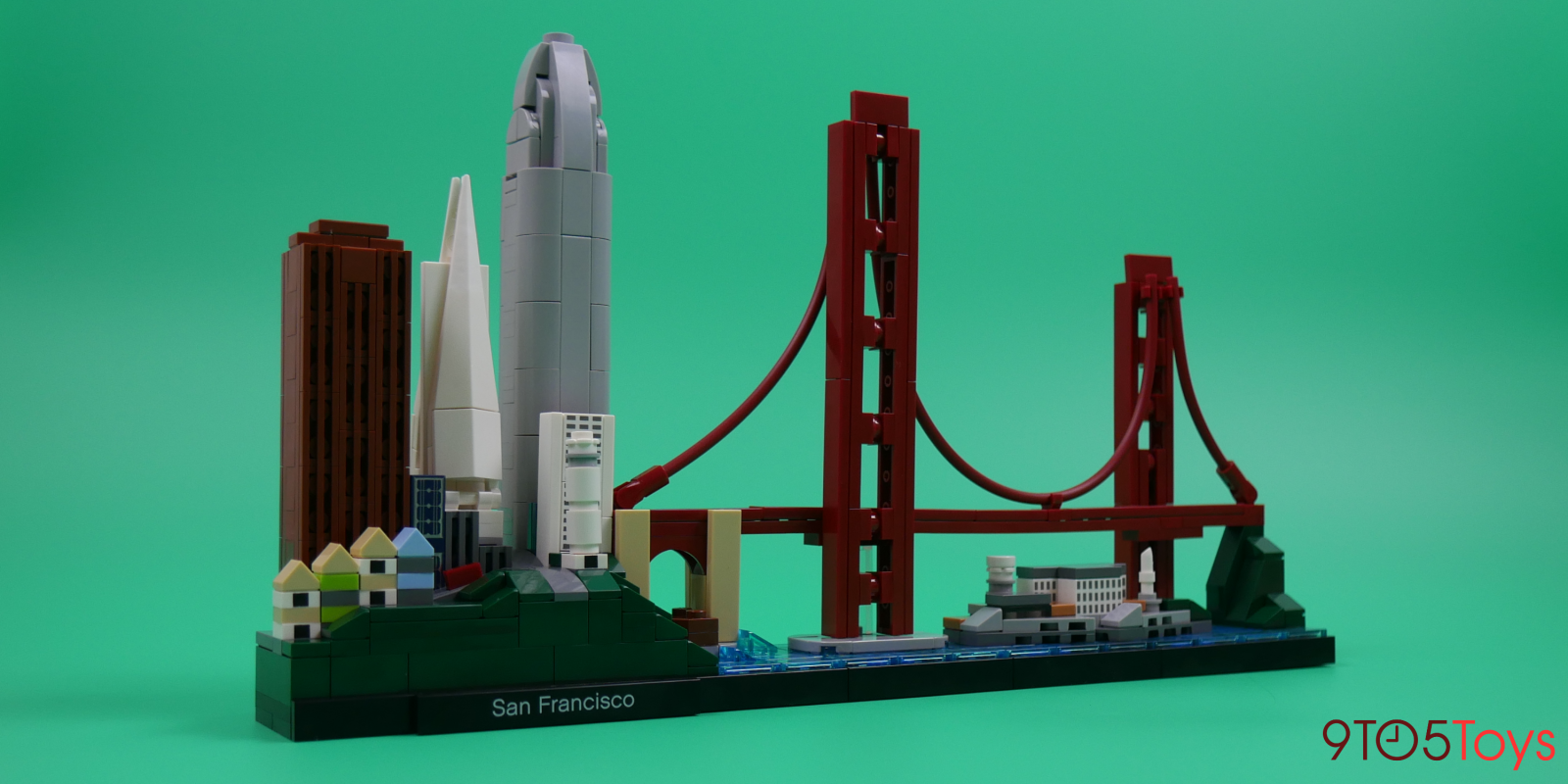 Hands-on: LEGO's San Francisco Skyline Architecture set is filled with masterful parts usage