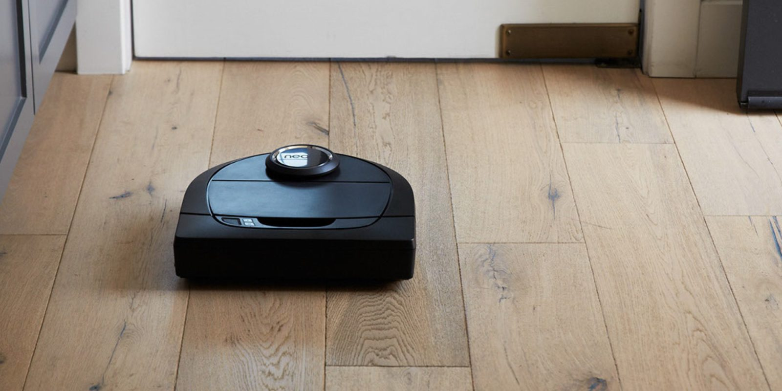 Laser-guided cleaning headlines Neato's $400 Botvac D5 Robot Vacuum ($200 off)
