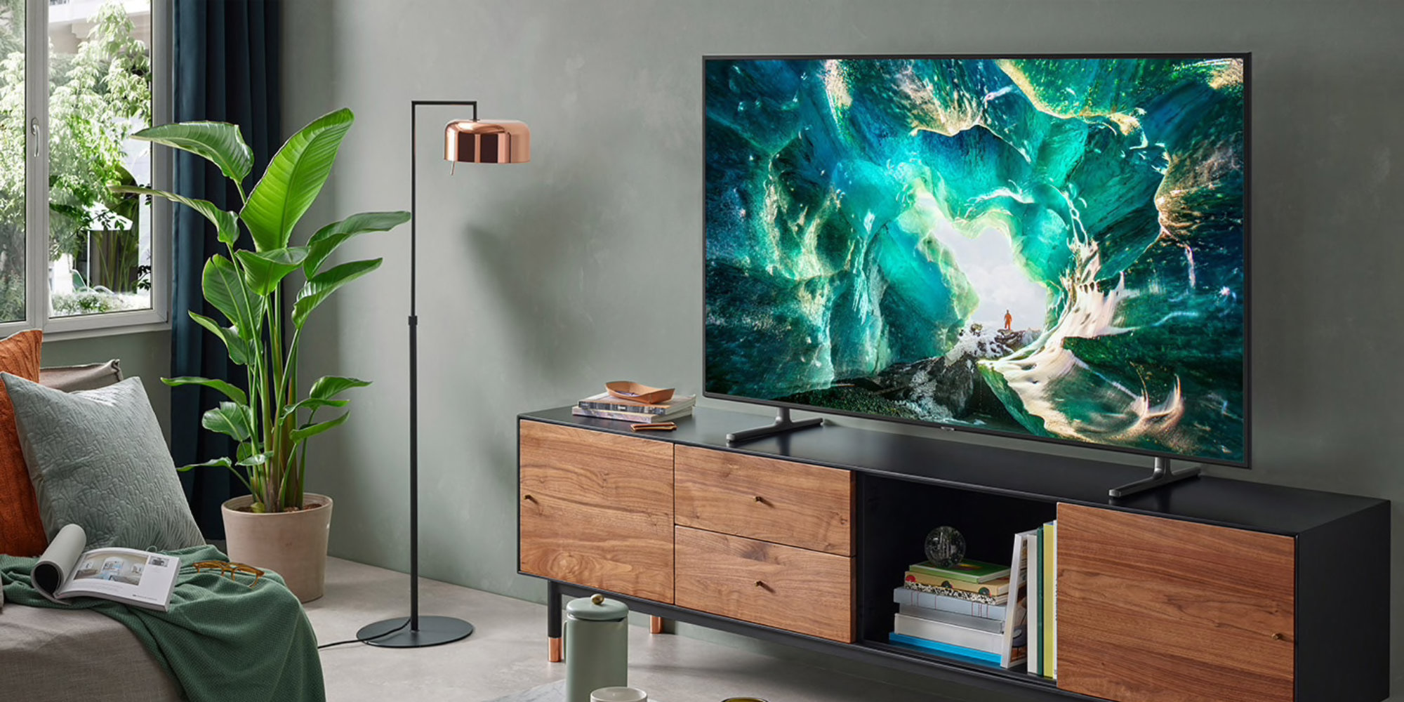 AirPlay 2 and iTunes support make Samsung's 65-inch 4K Smart TV compelling: $1,100 (All-time low)