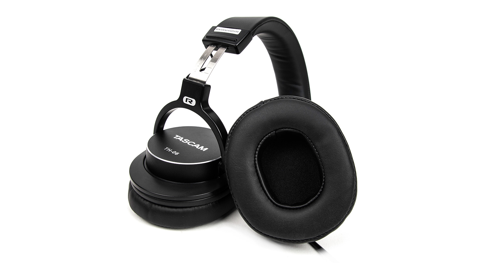 Tascam TH-06 Monitoring Headphones with Bass XL tech