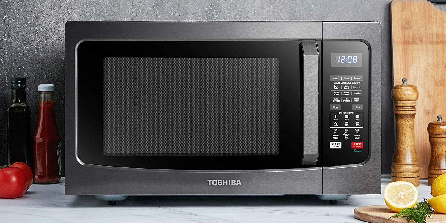 Toshiba's Smart Convection Microwave Oven is $80 off at Amazon: $120 (Reg. $200)