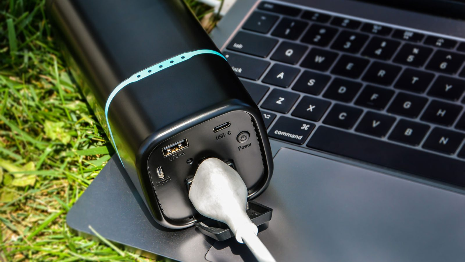 Renogy Phoenix 100 Mini Power Station will be a must-have for summer trips