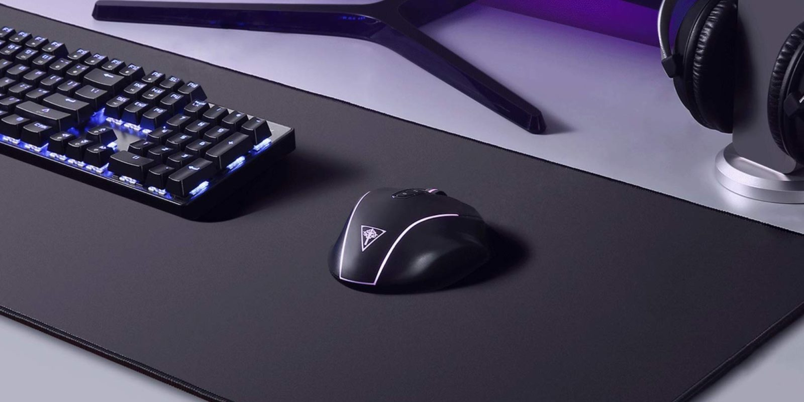 This highly-rated XXL gaming mousepad is a must-have at just $12 (40% off)
