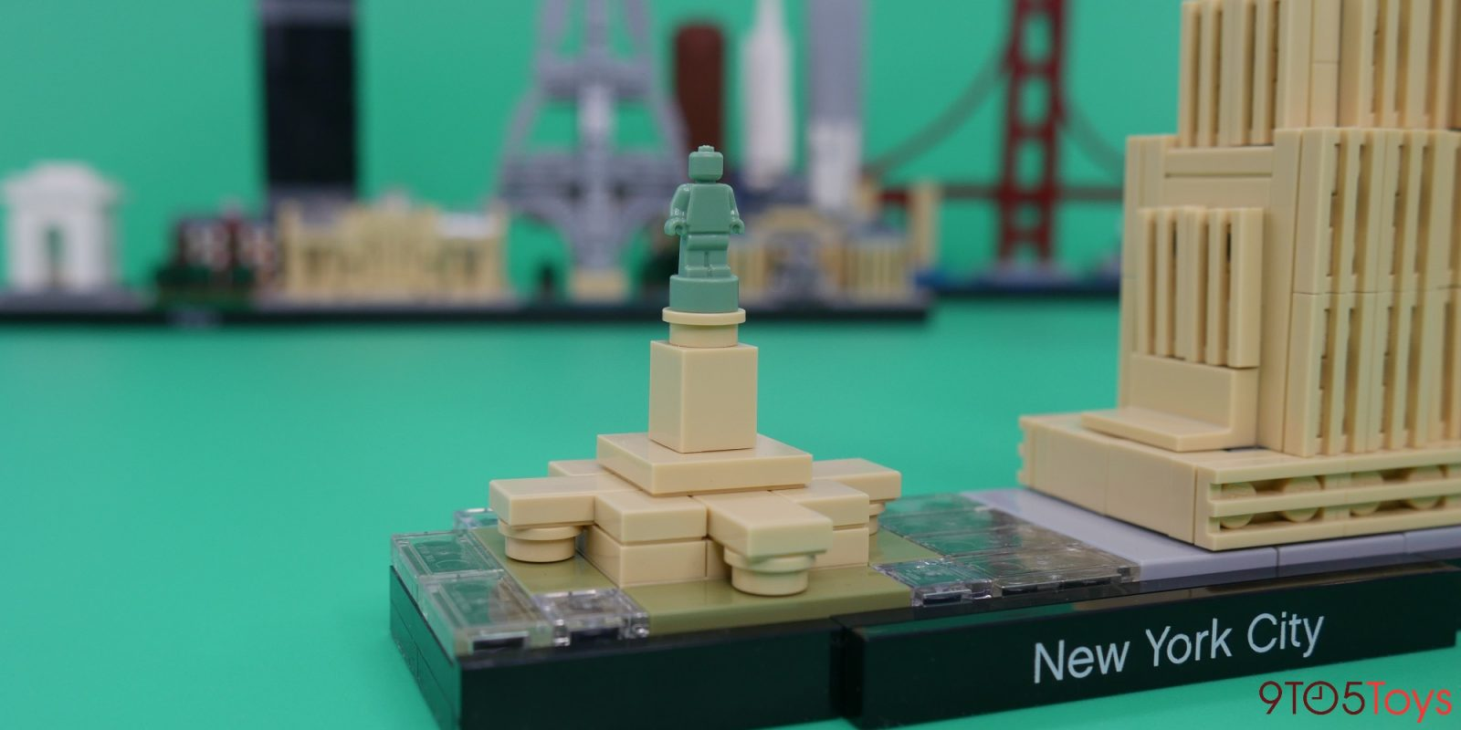 LEGO New York City Skyline Review: An authentic yet miniature recreation