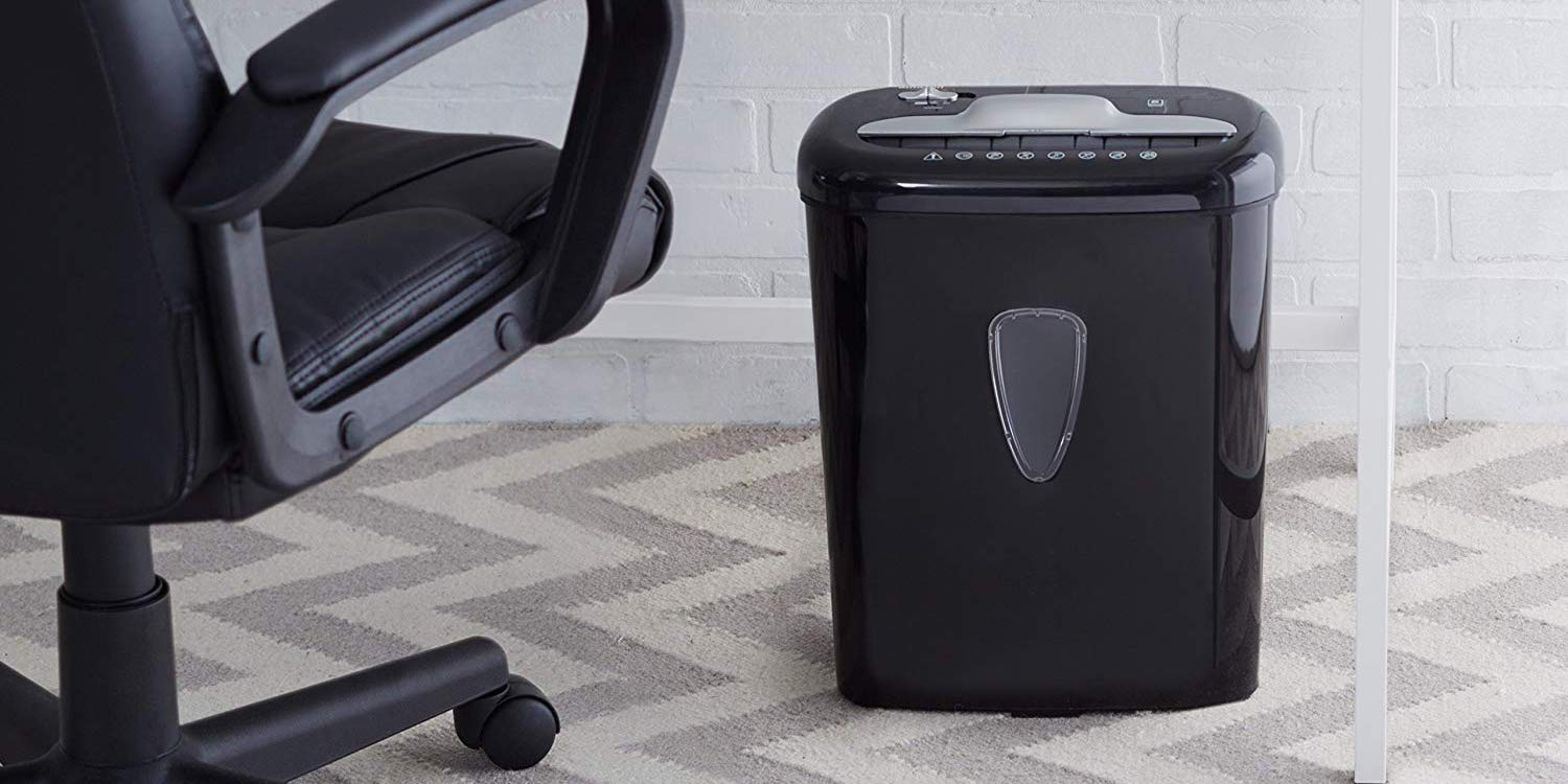 Stay safe with the AmazonBasics Home Office Paper/Card Shredder: $32 (25% off)