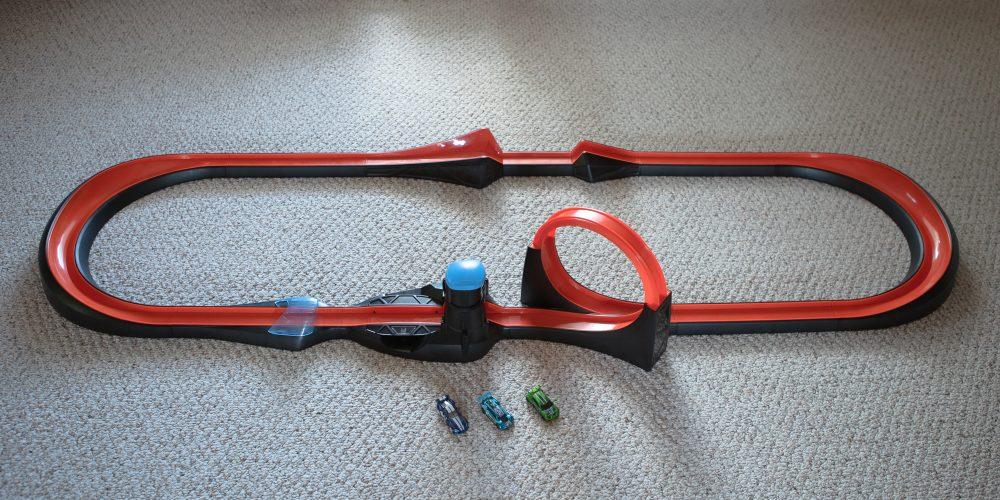 Hot Wheels id Smart Track kit full setup