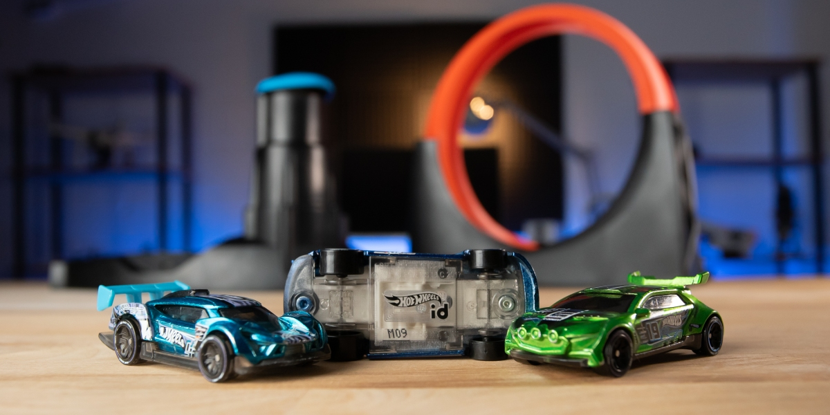 Hot Wheels id cars and track