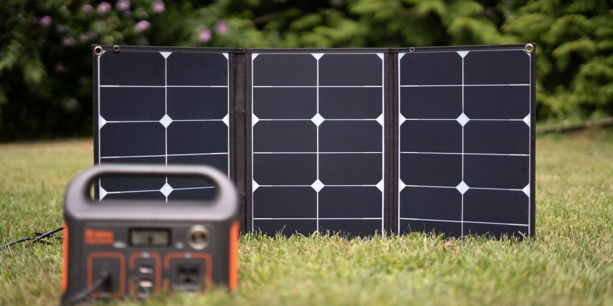 Jackery SolarSaga 60W panel and Explorer 240