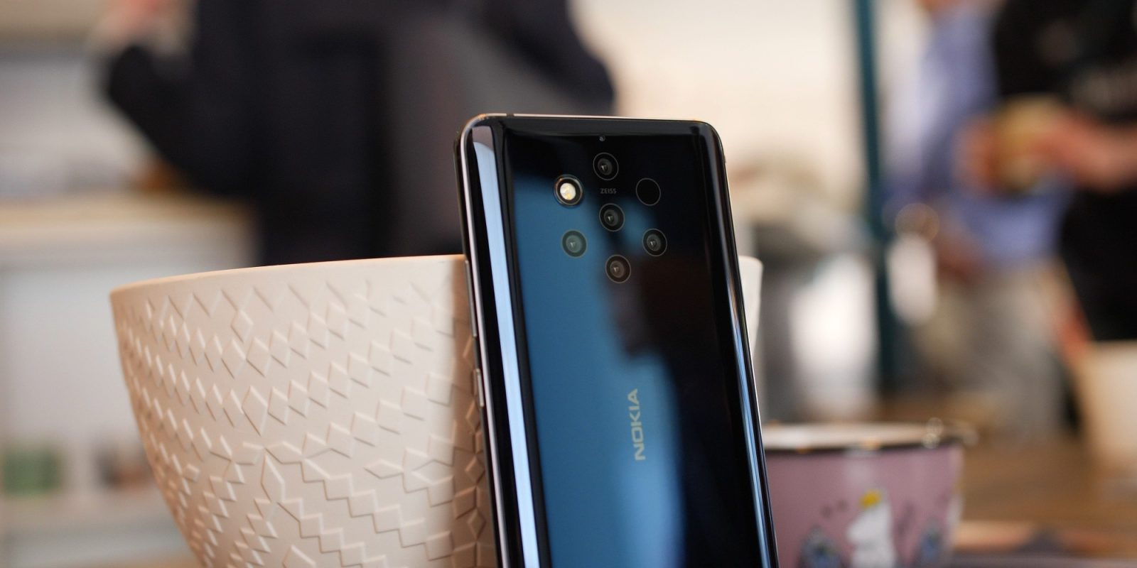 All of the Nokia 9 PureView's cameras are yours for $400 (Reg. $600)