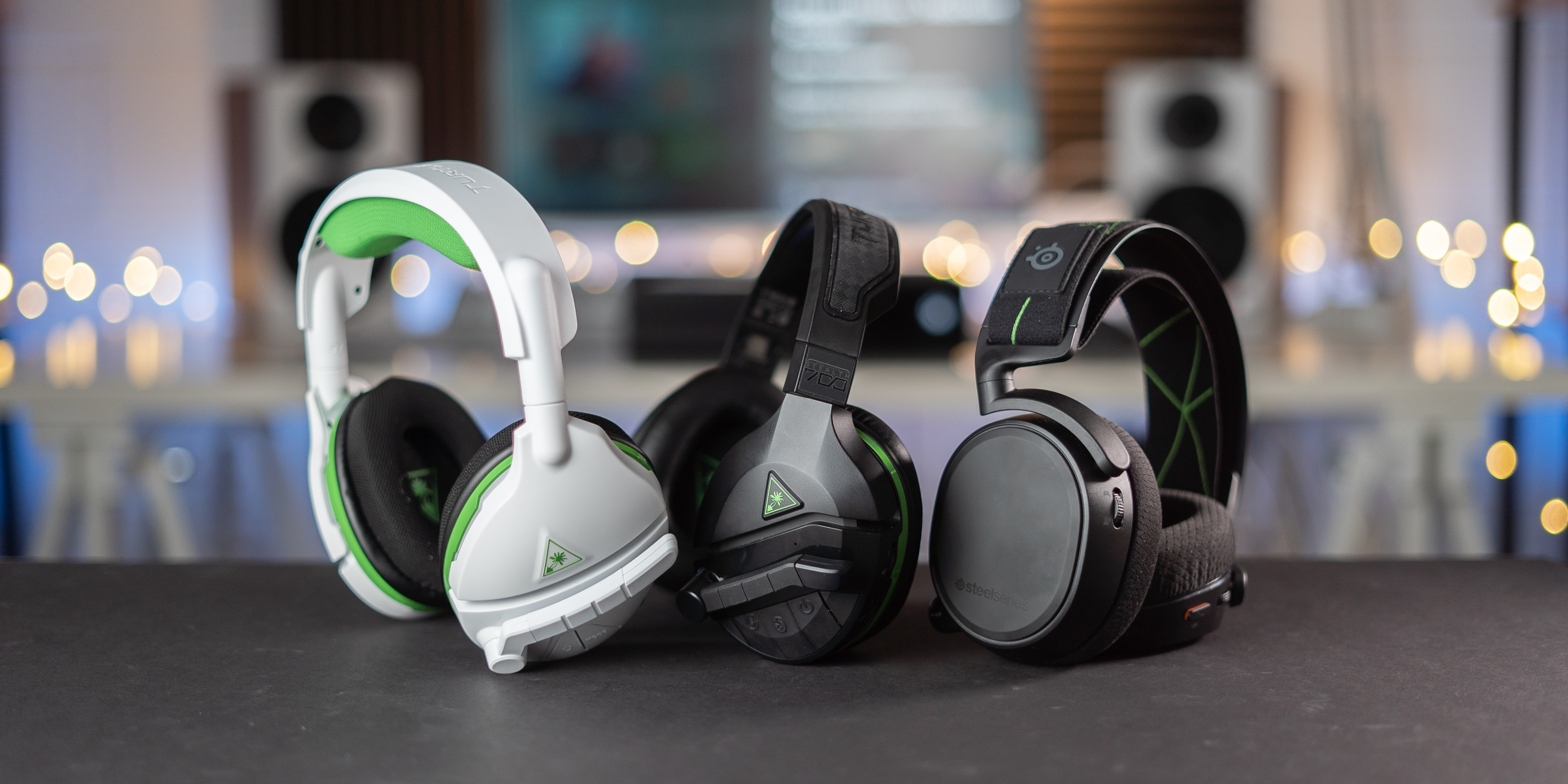 Stealth 600 and 700 vs. Arctis 9X: Wireless audio for Xbox One