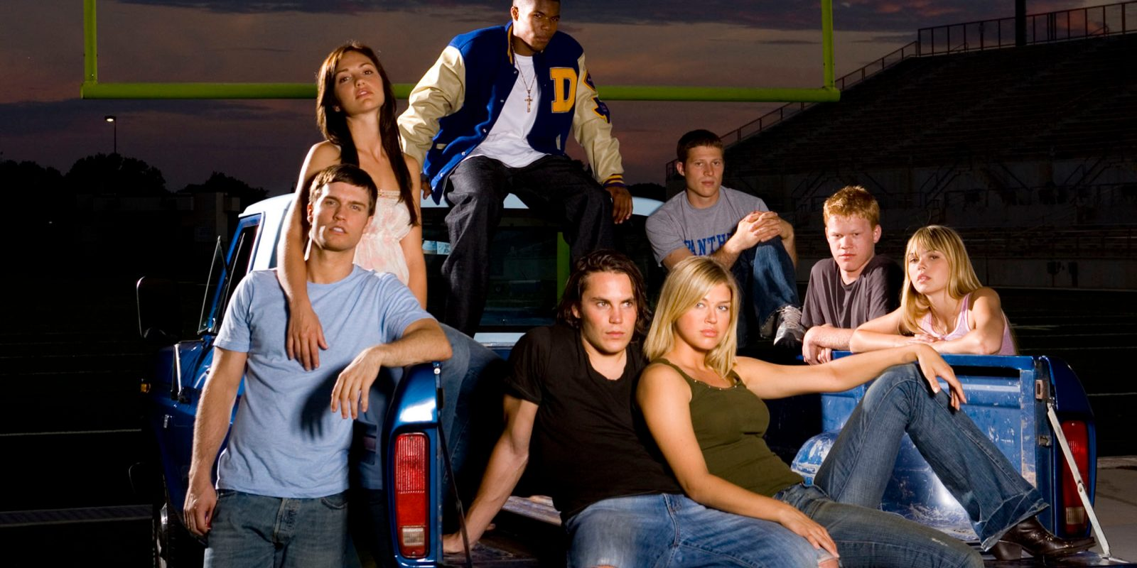 Apple discounts the complete Friday Night Lights series to $20, movies from $5