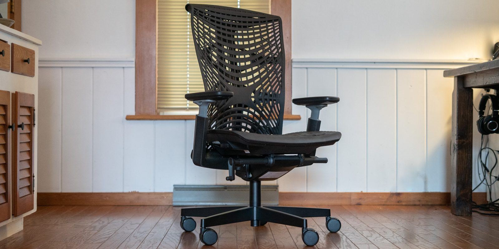 Autonomous Kinn Review: Great design and support highlight this chair [Video]
