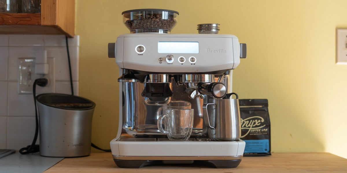 The Breville Barista Pro ready to brew
