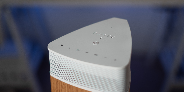 Top of the Fluance Fi20 bluetooth speaker