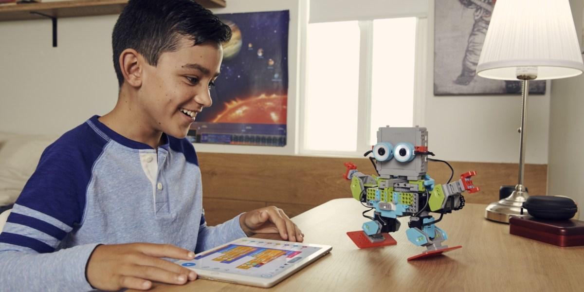 UBTECH MeeBot 2.0 robot