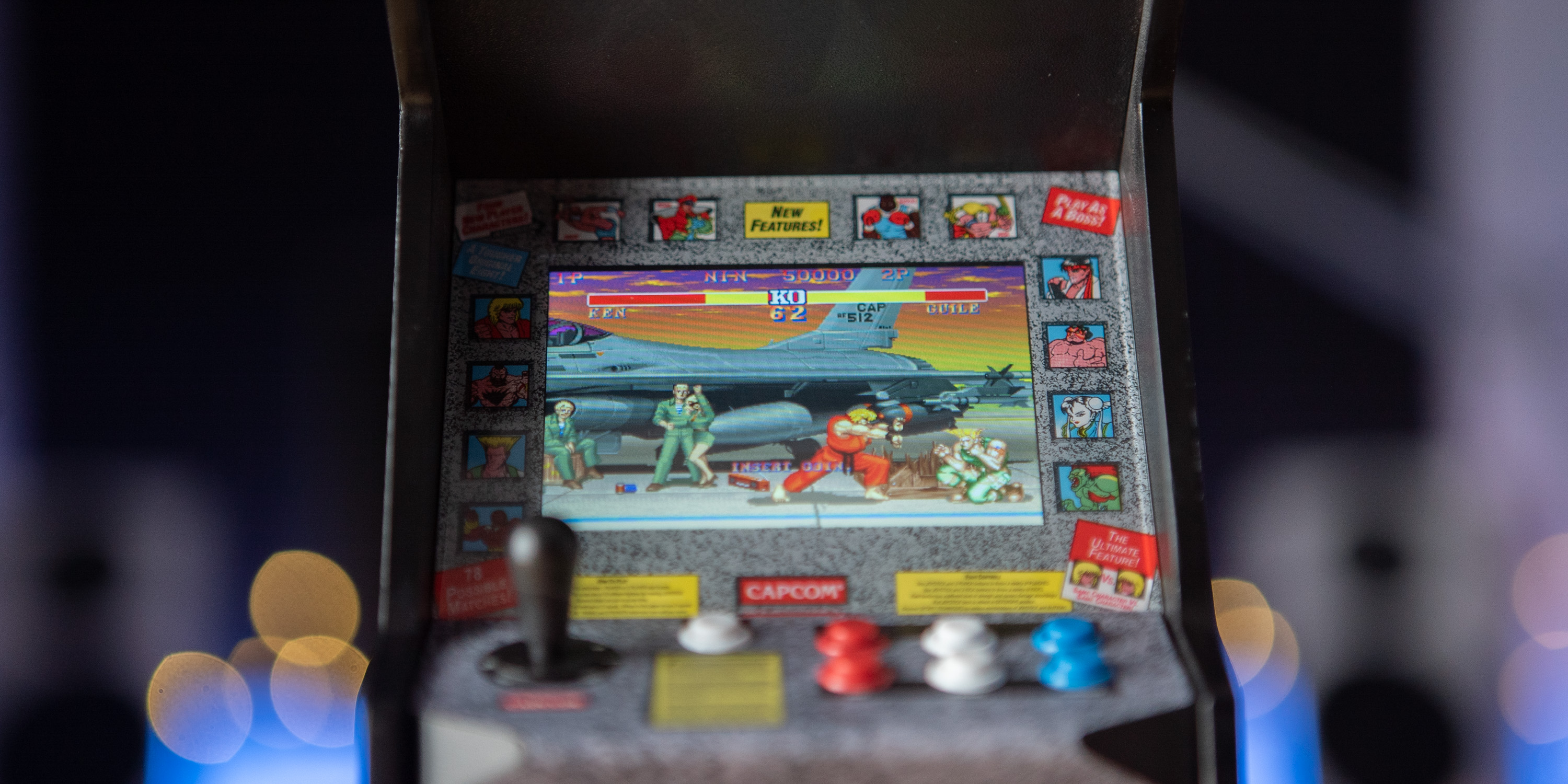 LCD screen of Street Fighter Replicade