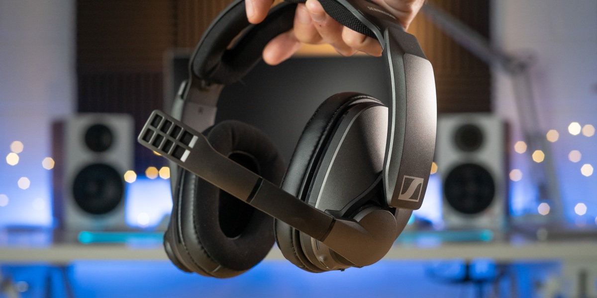 Holding the Sennheiser GSP 370 wireless headset