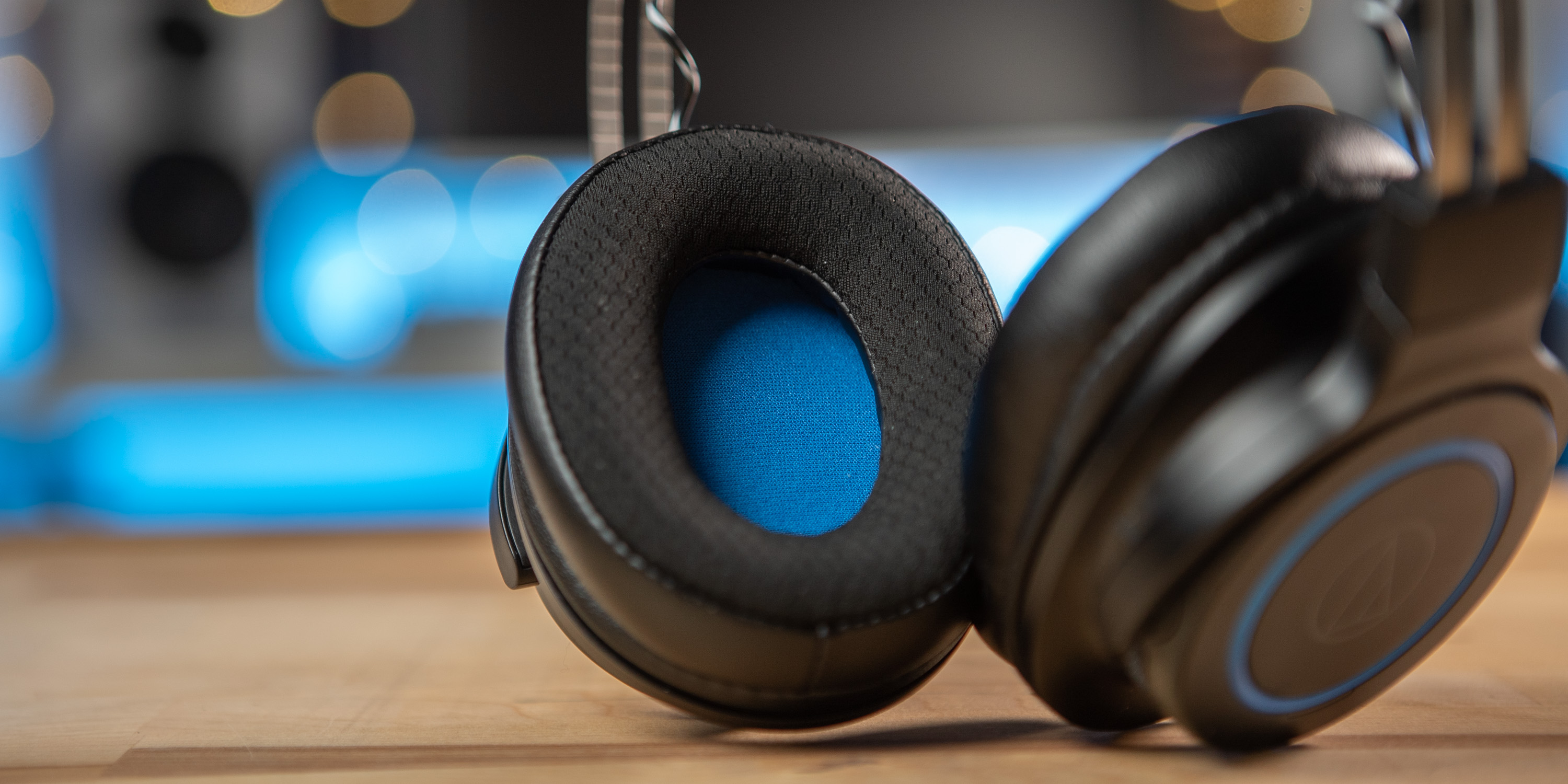 Earcup of the ATH-G1WL