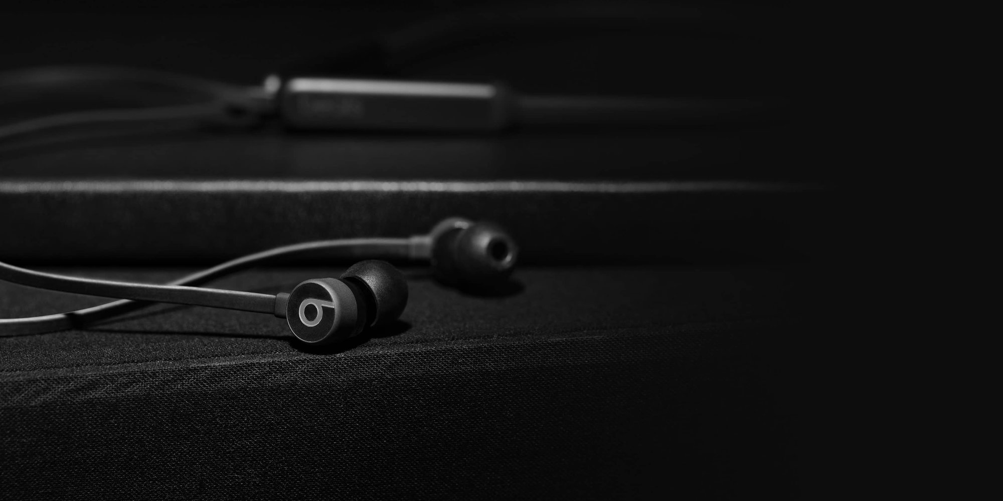 Apple BeatsX Earphones have returned to an Amazon low, priced from $76 - 9to5Toys