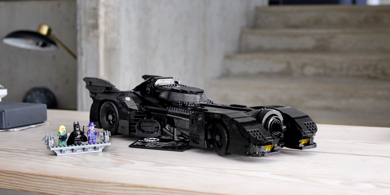 LEGO uncloaks its massive 3,300-piece 1989 Batmobile set with new minifigs