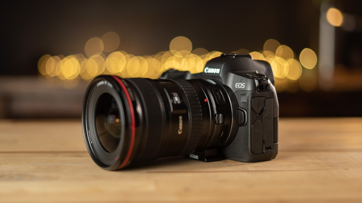 Canon EOS R with Metabones Adapter and Canon 17-40mm f/4 lens