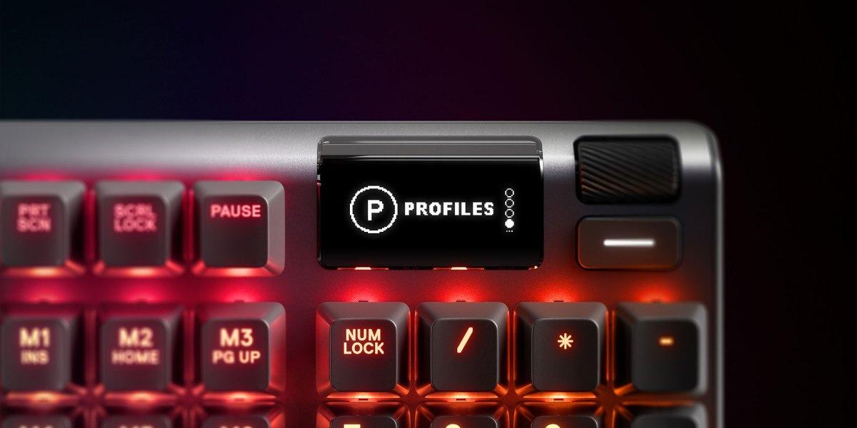 SteelSeries Apex 5 Gaming Keyboard
