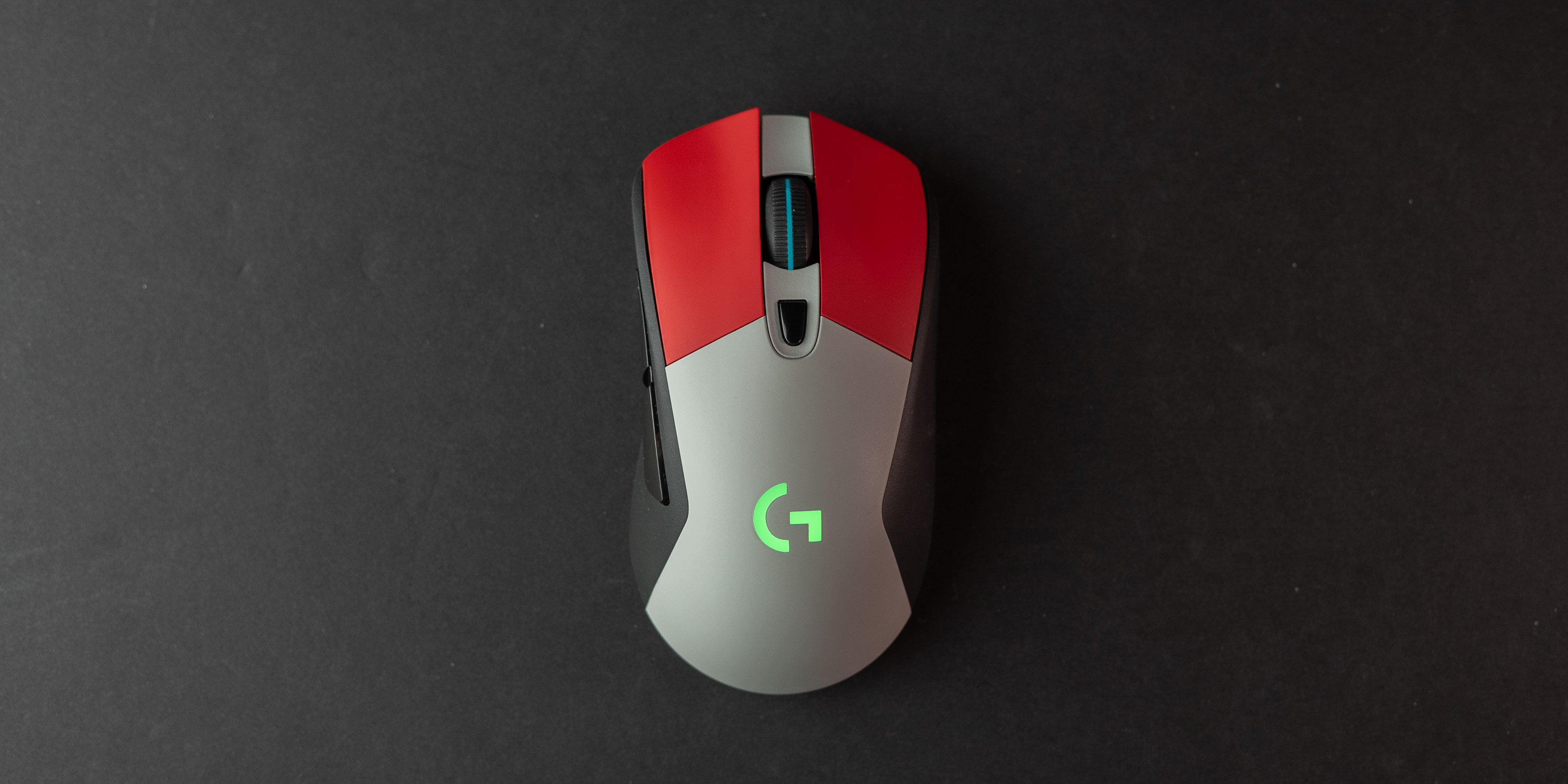 Top down of the Colorware Logitech G703