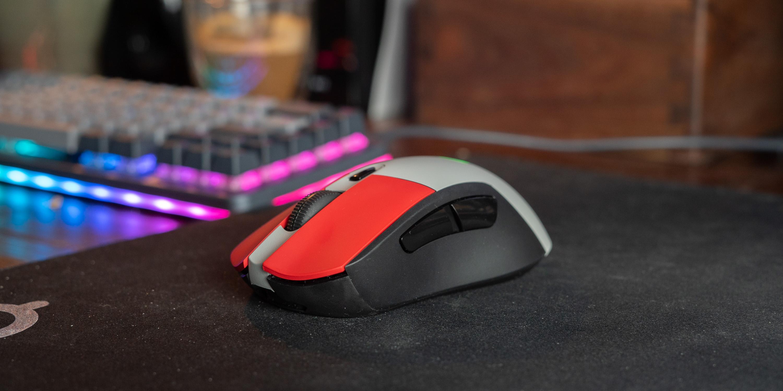 Colorware Logitech G703 on desk